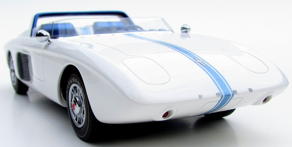 Automodello 1962 Ford Mustang Concept 1
