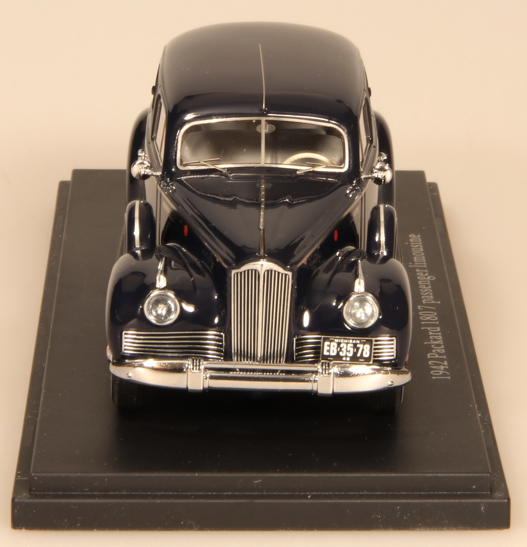 www.esvalmodels.com  1942 Packard db_ft