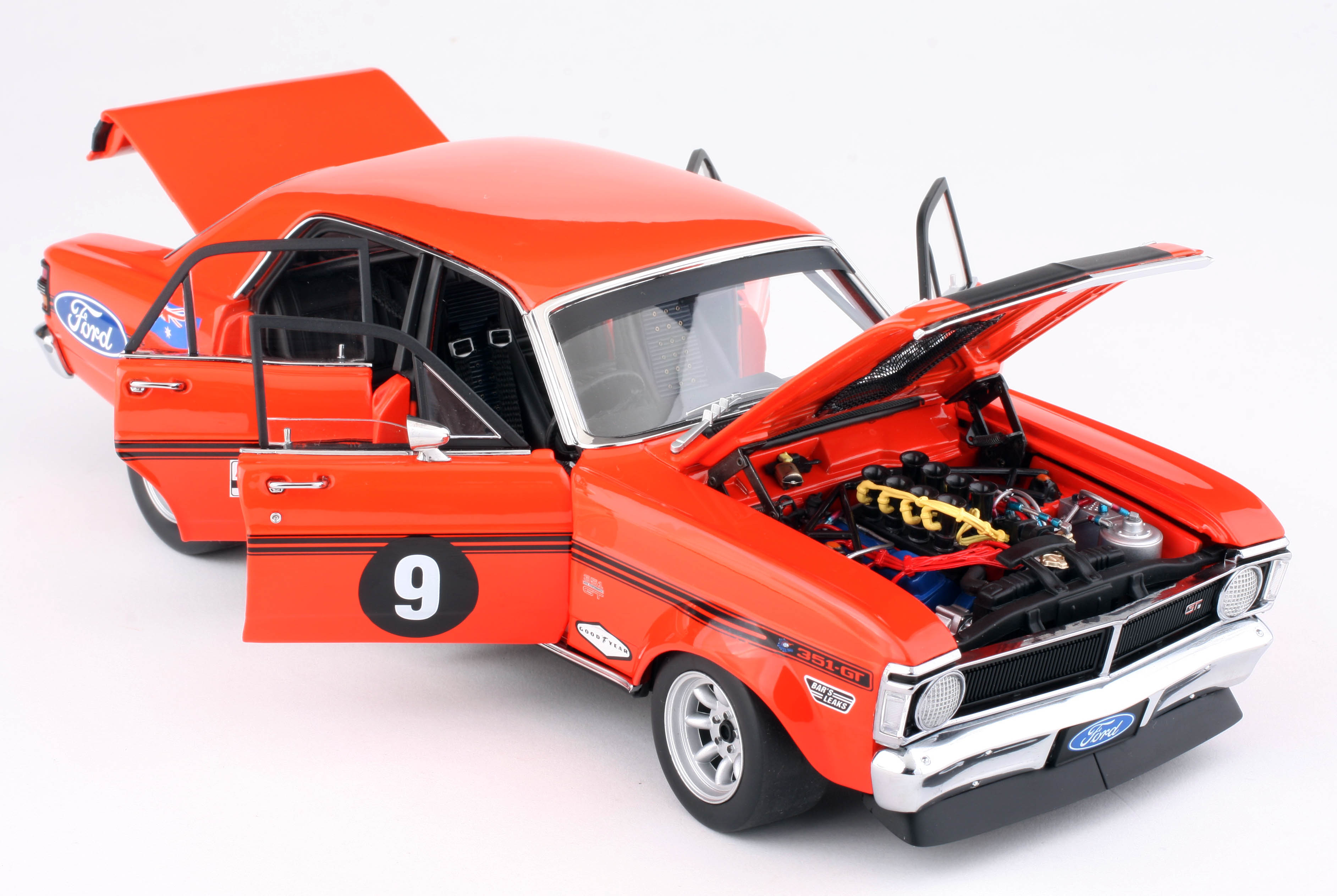 1:18 Diecast Model Expo 2015 Calder Park Allan Moffat 1971 Ford Super Falcon SuperFalcon Diecast Model Car