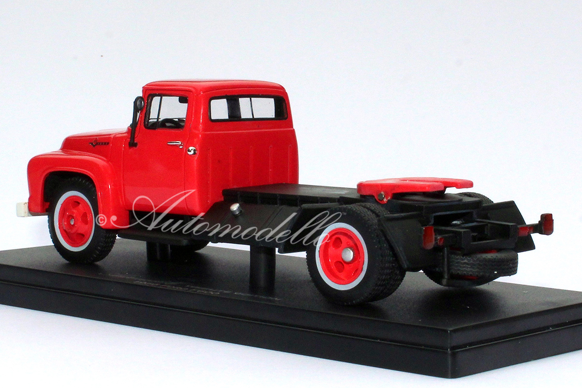 ©ford-f600-red-2