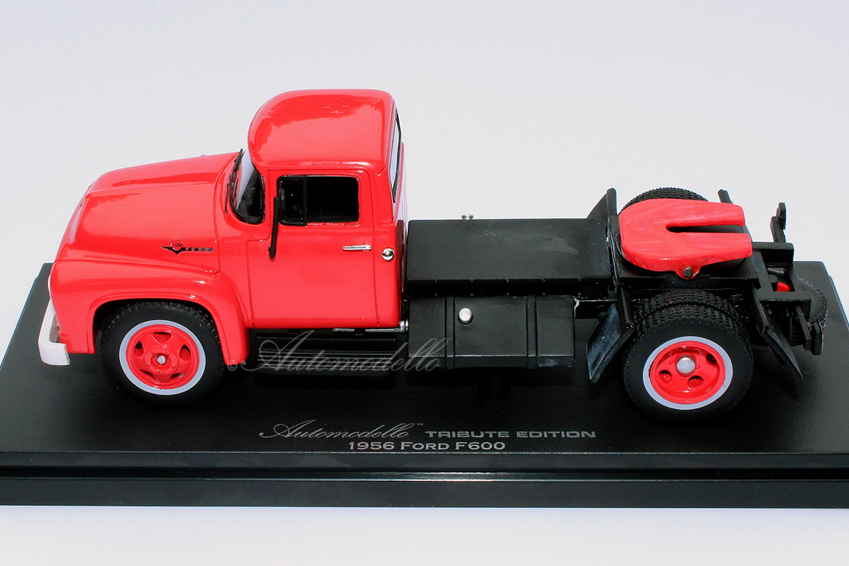 ©ford-f600-red-6